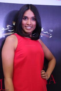 Spatika Surapaneni in Red Tight Dress at FBB Miss India 2017 finalists at Telangana auditions Feb 2017 (8).JPG
