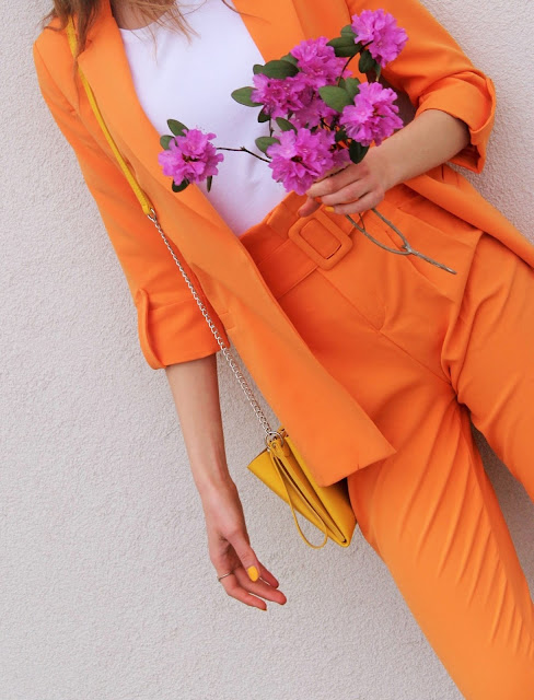 outfit details- outfit- women suit- spring outfit