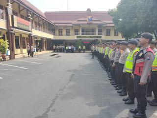 Kapolres Lumajang Lepas 423 Personil Pengamanan TPS