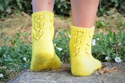Afbeeldingsresultaat voor blij dat ik brei sokken nella