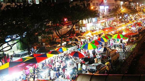 gambar tempat wisata solo Ngarsopuro Night Market
