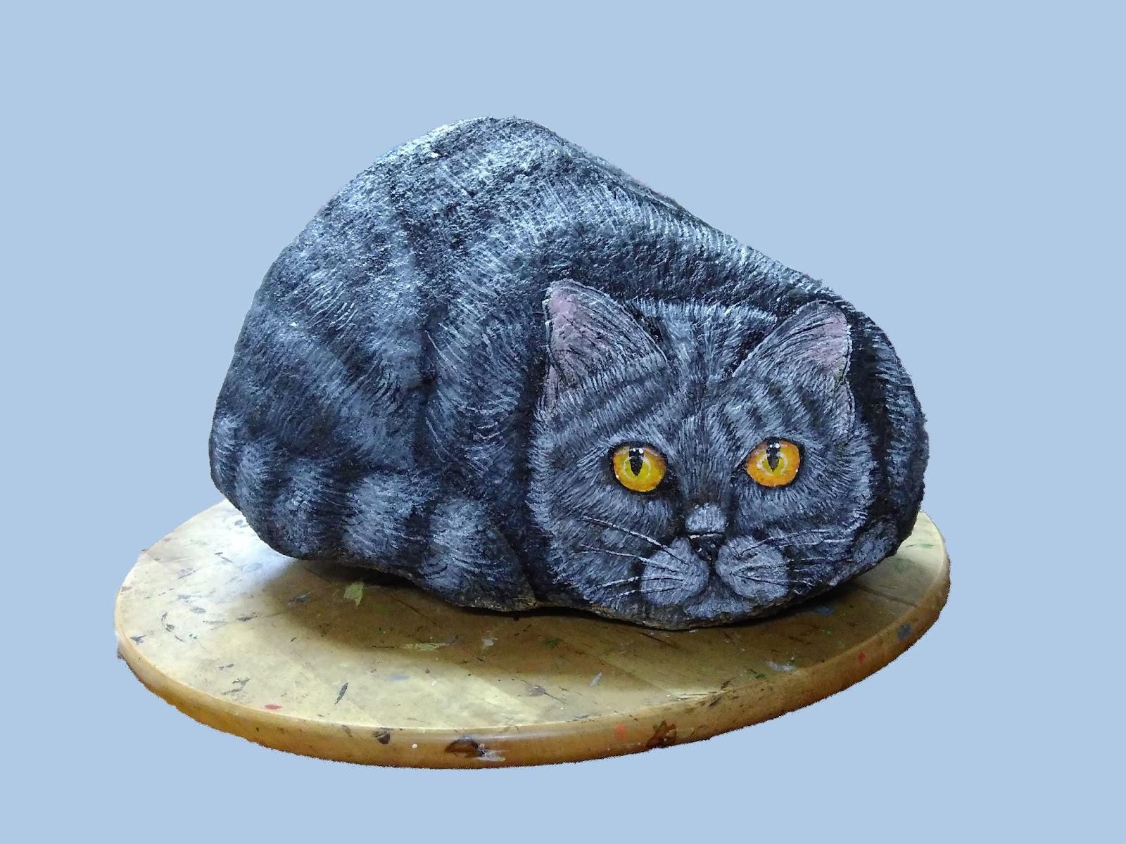 Piedras pintadas a mano como pintar un gato en piedra for Como hacer color piedra