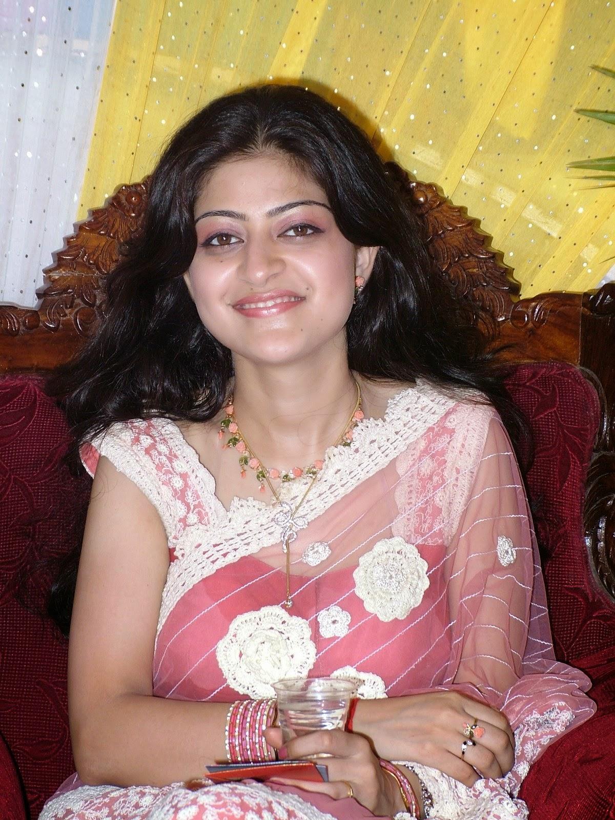 Pretty Desi Beautiful Housewife And Girls On Home Hd New -4708