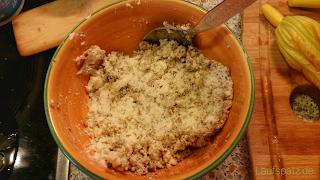 Vorbereitung Füllung vegetarisch gefüllte Zucchiniblüten Rezept