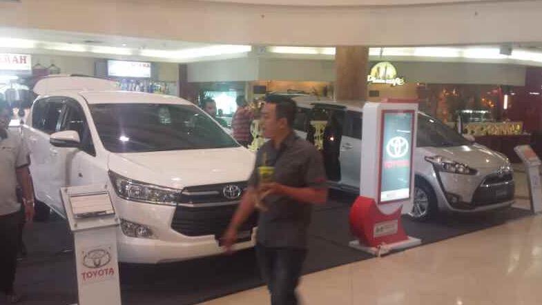pameran otomotif jmp surabaya