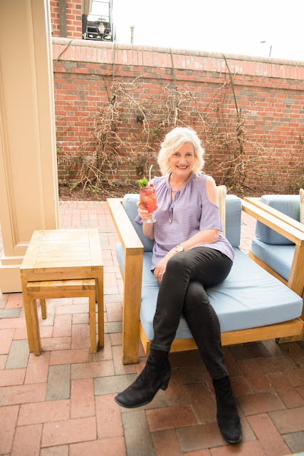 North Carolina Blogger Leigh Powell Hines is owner of the HinesSightBlog, Travel, Food, and Life with A Southern Spin.