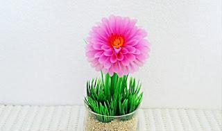 Gambar Bunga Cantik Warna Pink Dari Sedotan Plastik