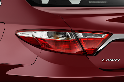 toyota camry 2017 back lights view image