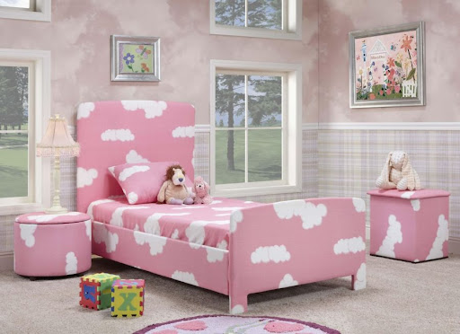 Pink girly bedroom design for kids. Bedroom design ideas  January 2013