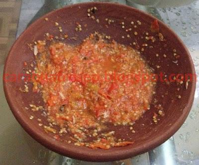 Foto Resep Sambal Tomat Pecak Pedas Sederhana Spesial Asli Enak Mentah atau Masak/Matang