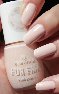 http://lacquediction.blogspot.de/2015/07/essence-fun-fair-le-swatches-review.html