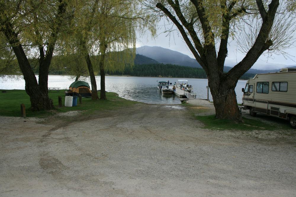 Winona Beach Resort Waitts Lake