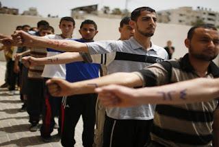 Palestina Gelar Latihan Perang Militer