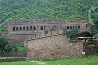 Bhangarh Fort top 10 haunted places in Rajasthan