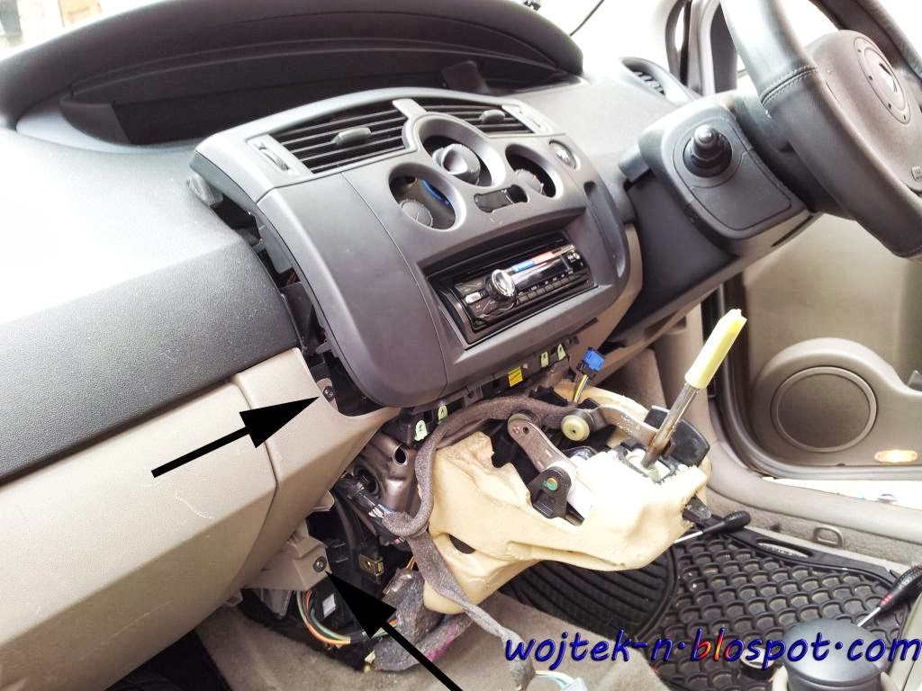 medium resolution of renault megane 2 fuse box removal wiring libraryin my grand scenic actually my wife