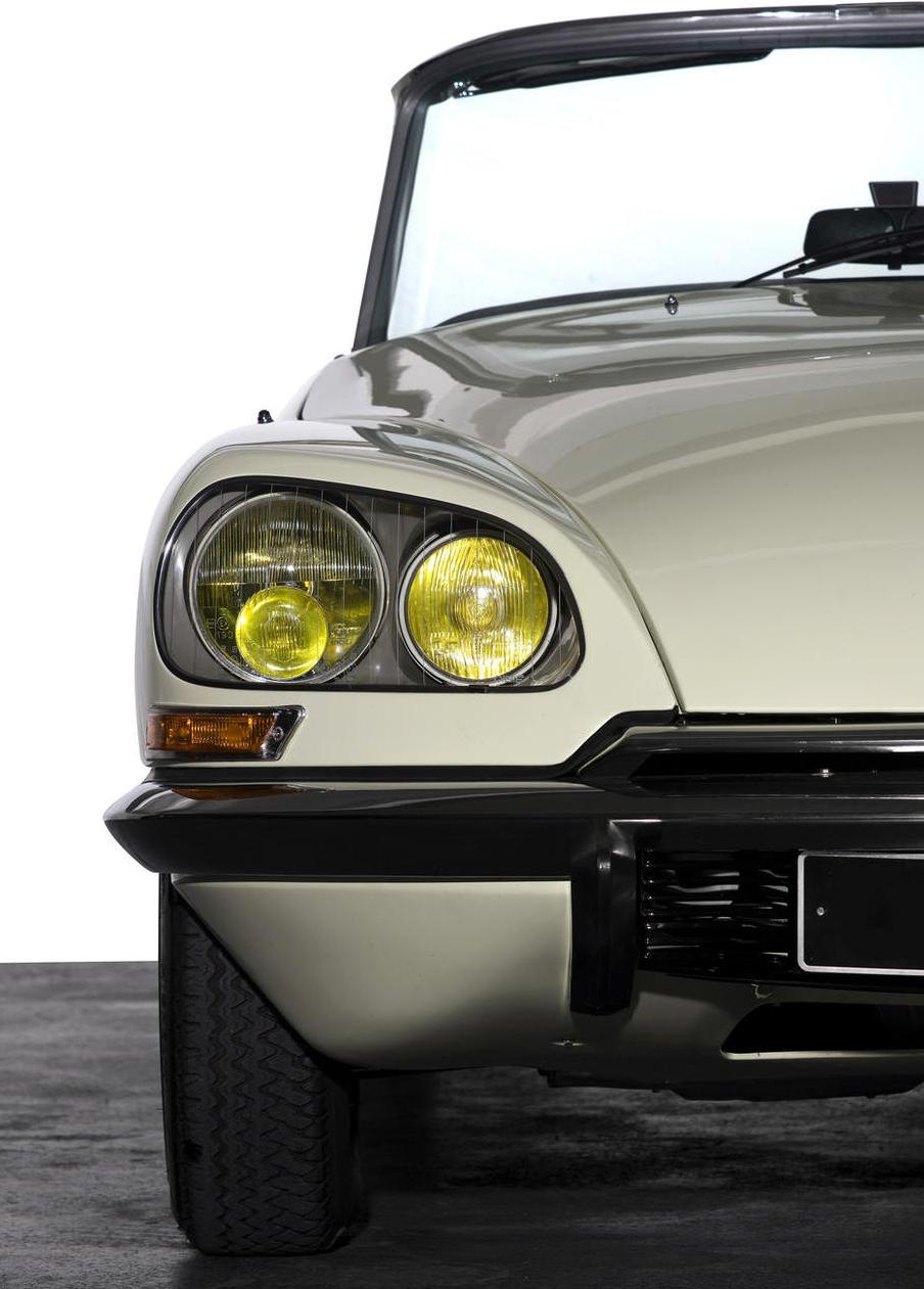 fab wheels digest f w d 1973 henri chapron citroen ds23 convertible. Black Bedroom Furniture Sets. Home Design Ideas