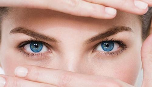5 Jenis Makanan yang Membantu Mempertajam Penglihatan