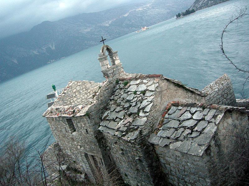 часовня-в-черногории