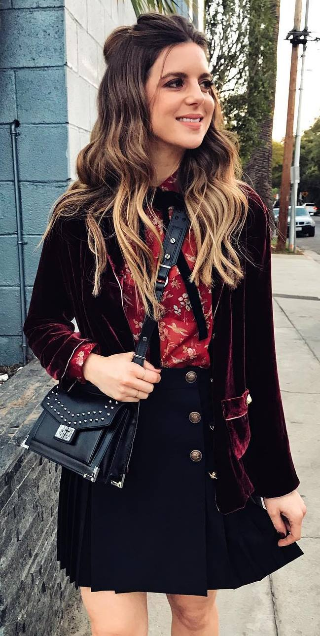 fashionable outfit / maroon blazer + printed blouse + bag + skirt