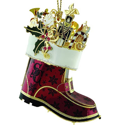 Searching for a Christmas ornament that's first class in design, quality, and craftsmanship? Look at this Santa's Boot ornament by ChemArt. Beautiful!