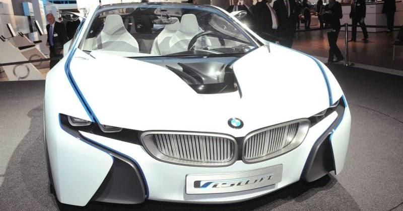 Cars Showroom: BMW New Plug In Hybrid Sports Car