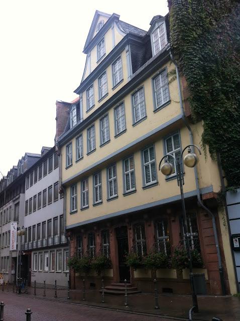 Onde comprar souvenir em Frankfurt (Alemanha)? Loja do Goethes Haus und Museum
