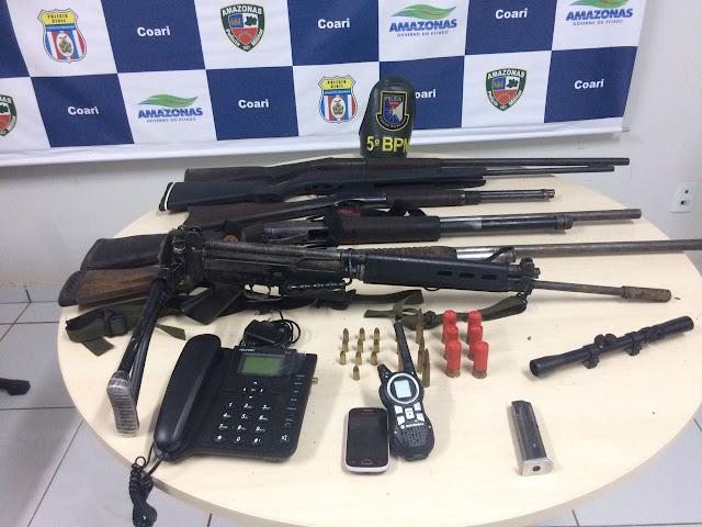 PM reforça policiamento no fim de semana, recupera 25 veículos furtados e/ou roubados, assim como um fuzil em Coari