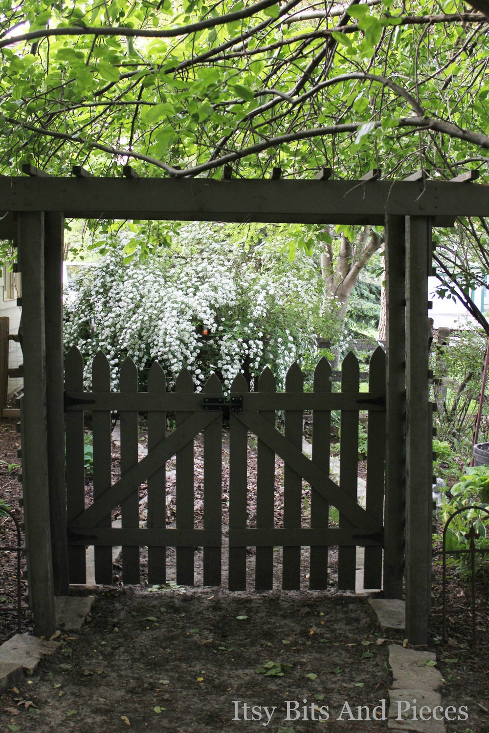 Garden Glimpses Itsy Bits And Pieces