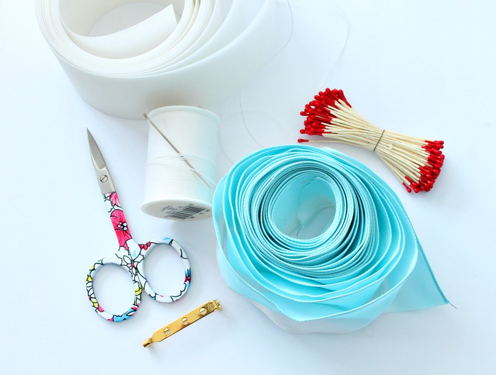 Crafts with ribbon
