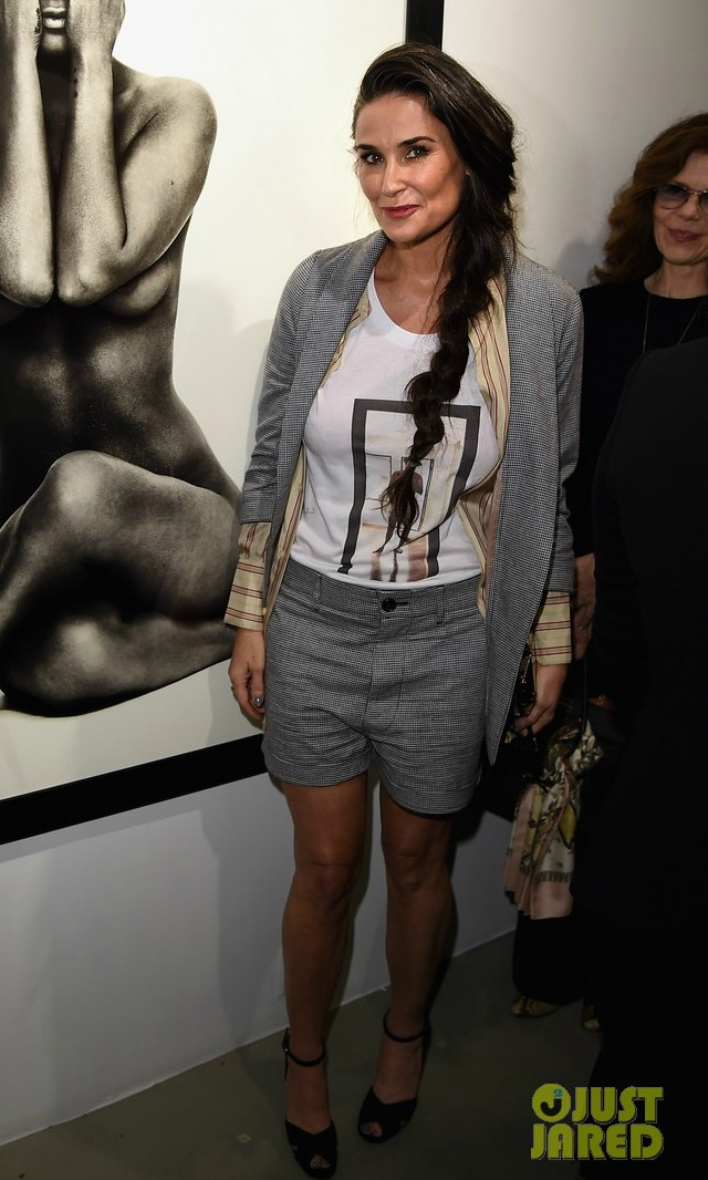 Demi Moore Looks Outfits