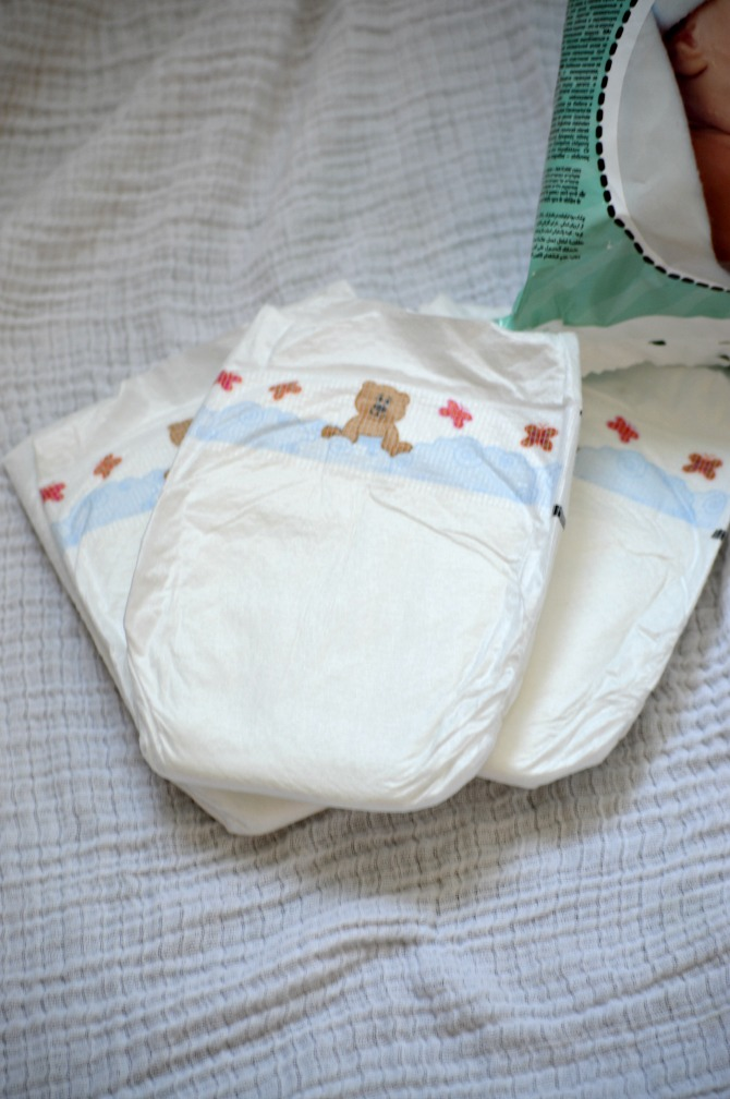 choosing best diapers for baby