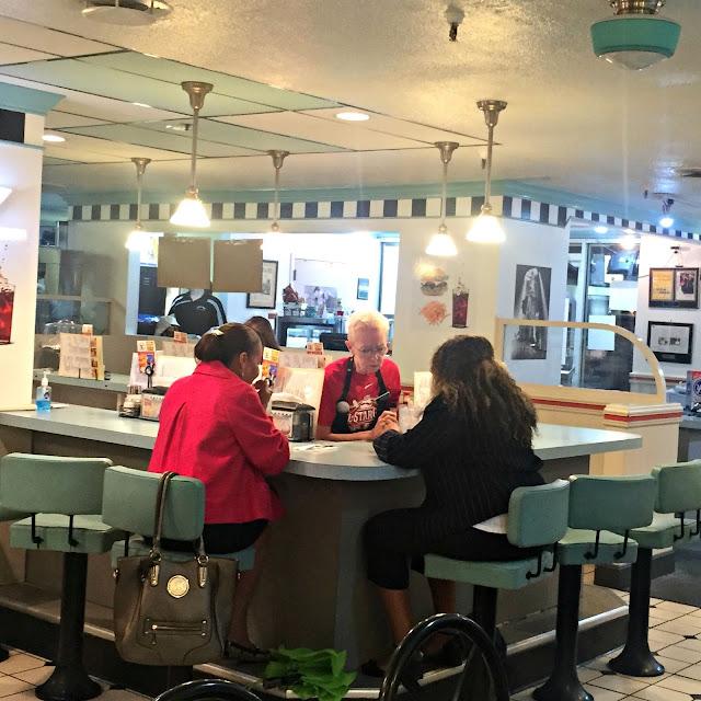 Folks Restaurant Atlanta: Restaurant Review: Hathaways - Downtown Cincinnati