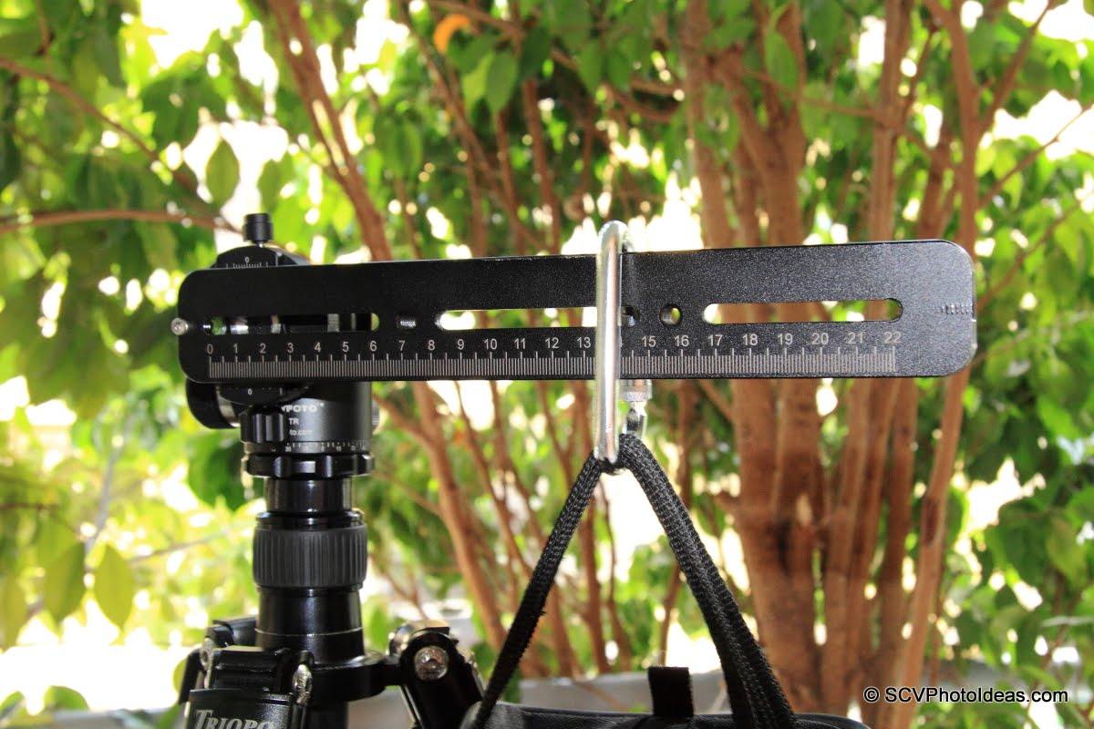 Sunwayfoto DDH-02 w/ rail & sand bag - closeup