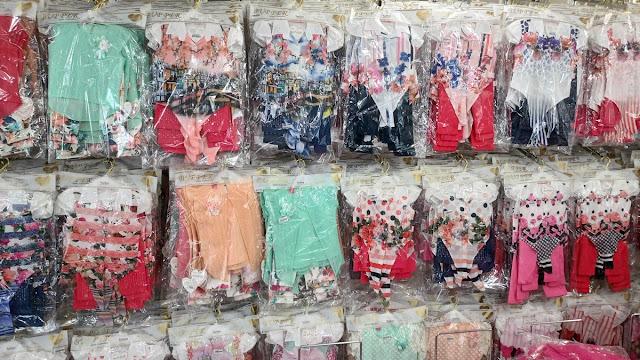 TOPTAN ÇOCUK GİYİM ÜRÜNLERİ SATAN FİRMALAR : En ucuz çocuk giyim satan tekstil firmaları, en uygun fiyata, imalattan toptan satış üretici çocuk giyim toptancıları, kız çocuk elbiseleri ve erkek çocuk kıyafetleri imalatçı firmalar. ayrıca bebek ürünleri, bebek kıyafetleri 0-12 yaş grubu binlerce değişik ürün ve model çeşitleri.