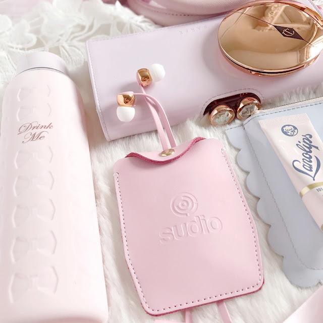 Love, Catherine | My Handbag Essentials