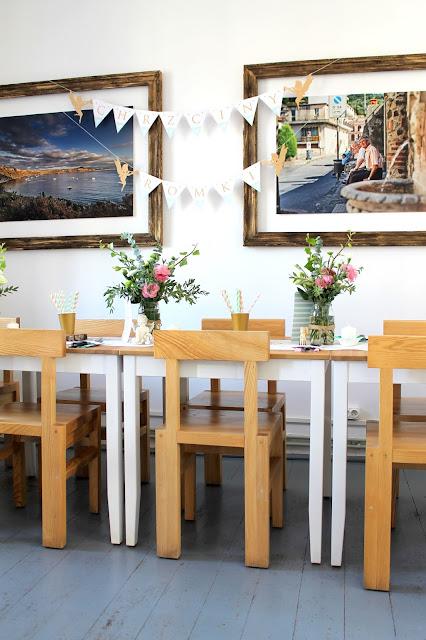 kwiaty, bukiety, eustoma, dekoracja stołu, chrzciny, wystrój, organizacja imprezy