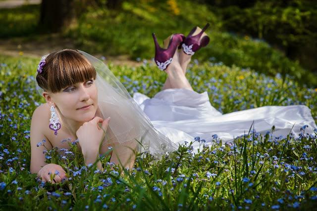 Fioletowo biały komplet ślubny sutasz