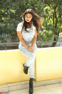 Neha Deshpande in Spicy Denim Jumpsuit and Whtie Crop Top March 2017 124.JPG