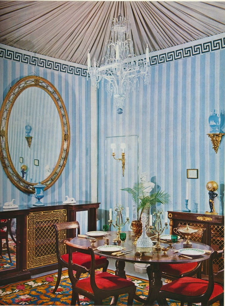 In Two Of The Rooms Below You Ll See What Ears To Be Diffe Castaing Fabrics Branches De Pin A Black And White Arborous Print