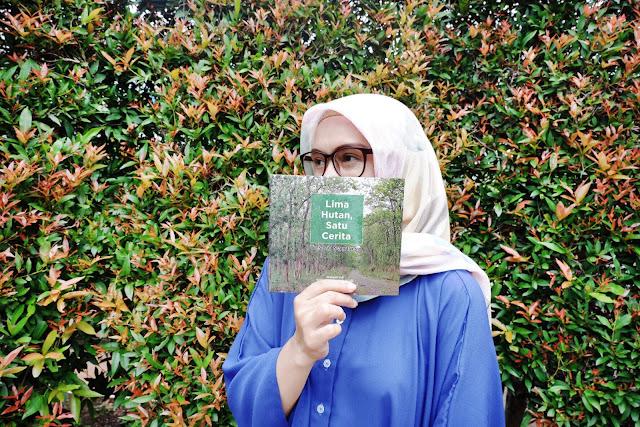 ngobrolin hutan sosial dari bedah buku lima hutan satu cerita