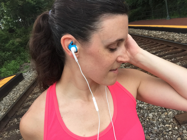 Naturally Me, Earhoox, Earhoox Review, Workout Gear, Workout Accessories, Gym Accessories, Ear Buds, #FitFam