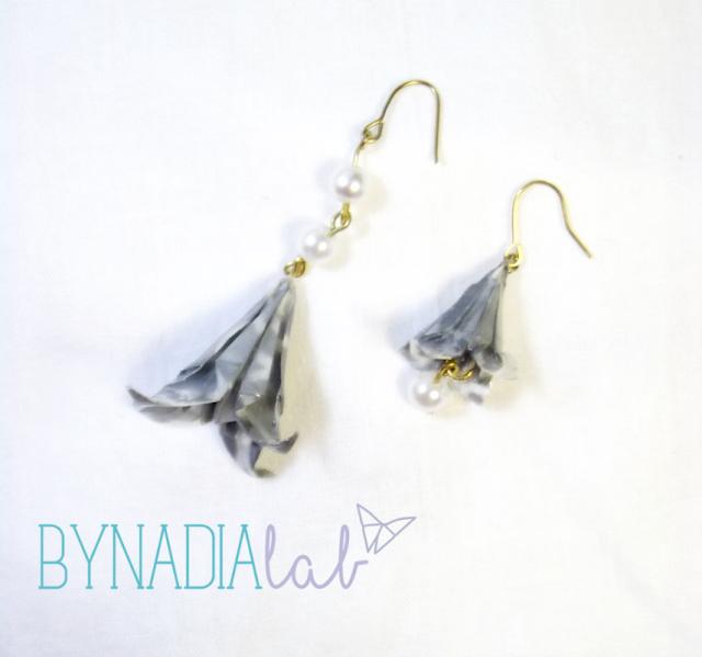 orecchini asimmetrici origami bynadialab