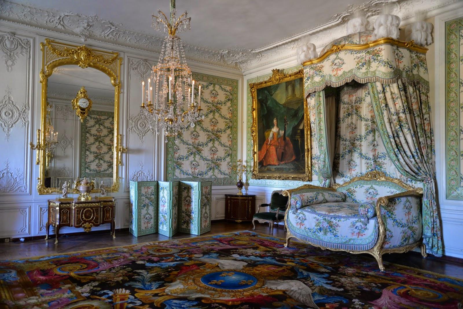 Cubo Et Excubo Mesdames Apartments Versailles
