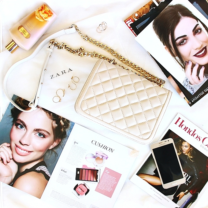 Jelena Zivanovic Instagram.Glam fab week.Zara beige cream purse.Chanel-like boy purse.