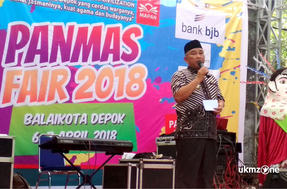 Walikota Depok membuka acara event PANMAS FAIR 2018 di balaikota Margonda Depok
