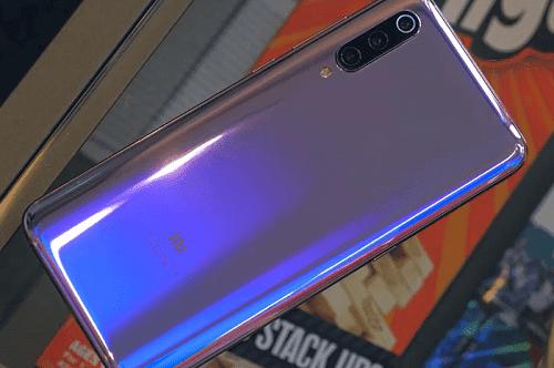 سعر و مواصفات Xiaomi Mi 9  مميزات و عيوب شاومي مي 9