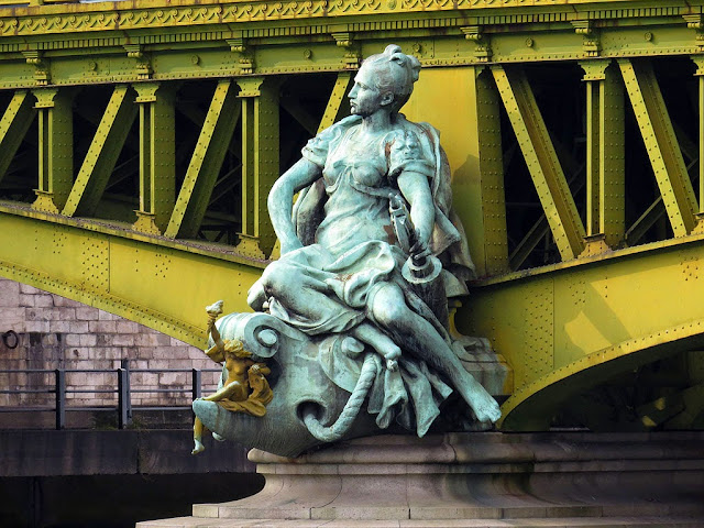 The City of Paris by Jean-Antoine Injalbert, Pont Mirabeau, Paris