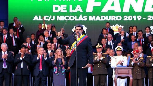 """El acto de reafirmación de Maduro en el cuartel militar """"fue un gesto desesperado"""""""