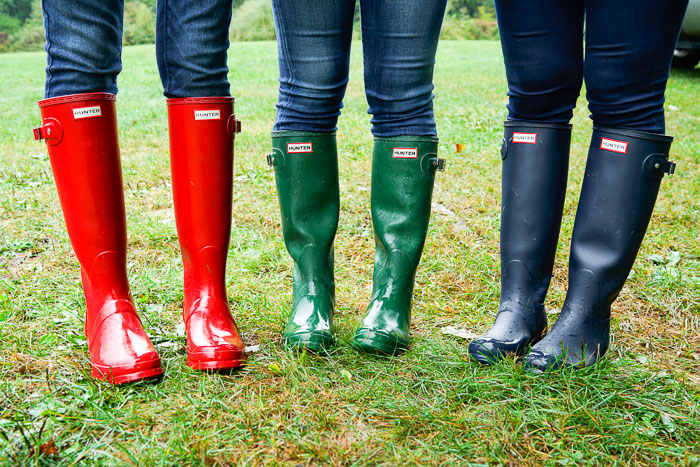 Krista Robertson, Covering the Bases, Travel Blog, NYC Blog, New York & Company, Preppy Blog, Fashion Blog, Travel, Fashion Blogger, NYC, Hunter Rainboots, Fall Weather