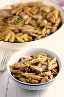 Creamy Sausage, Pea and Mushroom Pasta